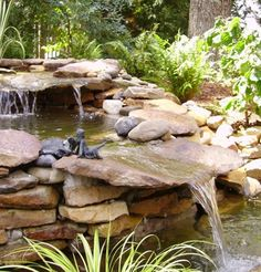 Idea for SW corner of the yard. Good falls Idea for SW corner of the yard Backyard Water Feature, Ponds Backyard, Backyard Stream, Backyard Waterfalls, Garden Ponds, Pond Landscaping, Landscaping With Rocks, Goldfish Pond, Pond Fountains