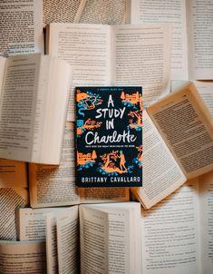 I Love Books, Books To Read, My Books, Book Flatlay, Horse Books, Book Writer, Coffee And Books, Book Aesthetic, Roman