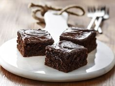 Sweet pea brownies Discover lots of easy and delicious recipes to cook with Arctic Gardens frozen vegetables. Cute Food, A Food, Yummy Food, Delicious Recipes, Brownie Heaven, Frozen Tags, Frozen Vegetables, Vegan Foods, Vegetable Recipes