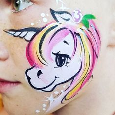 playing with eyes is so much fun. I love seeing how much it changes their personalitlies. #illustration #pony #unicorn #facepainting