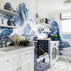 The laundry room just got luxury @dinabandmaninteriors room at the @sfshowcase with our 'Thousand Li of Rivers and Mountains' hand painted wallpaper #sfshowcase #sfshowcase2017 #laundryroom #blueandwhite #degournay #degournaywallpaper #handpaintedwallpaper