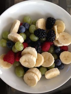 My Sunday morning masterpiece! Think Food, Love Food, Plats Healthy, Healthy Snacks, Healthy Recipes, Food Goals, Food Is Fuel, Aesthetic Food, Food Cravings