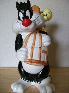 1993 Looney Tunes Sylvester & Tweety Cookie Jar