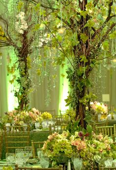 Tall Centerpiece for Tropical Paradise Reception -   tropical tall centerpiece, preston bailey event ideas