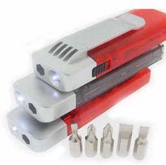 Mini kit de ferramenta com lanterna personalizado. #brinde #diadospais  Acesse: http://www.qgbrindes.com.br/ferramentas-personalizadas/kit-com-ferramenta-e-lanterna-promocional.php