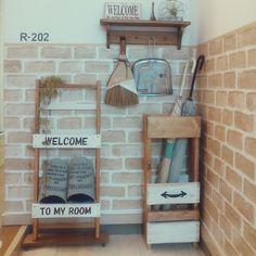 Ryoさんの、傘立て,スリッパラック,リメイク,リメイクシート,セリア,木工,端材,賃貸,1K,一人暮らし,DIY,賃貸アパート,玄関/入り口,のお部屋写真