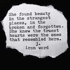 Love love LOVE this. by gritty_ironmom Poetry Quotes, Book Quotes, Words Quotes, Wise Words, Sayings, No Ordinary Girl, Amazing Quotes, Word Porn, True Quotes