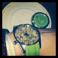 Grinder Watch !!