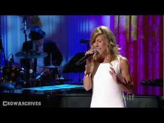 "[HD] Sheryl Crow -- ""Walk On By"" (Burt Bacharach & Hal David TV Special).  Love this one!!!!"