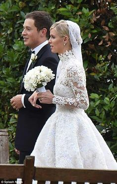 Nicky hilton wedding dress