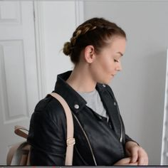 Preen.Me VIP Rhian locks in these fancy braids using her gifted L'Oreal Paris Studio Pro LOCK IT Strong Fixing Hairspray. #WhoDoYouWantToBeToday? Click through to check out this hold-addict must-have!