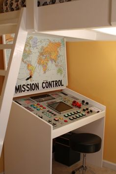 THIS IS THE COOLEST DESK EVER! Dad created mission control panel for reward after homework is finished.
