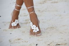 14 Beautiful Beach Wedding Shoe Ideas!