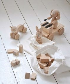 Wooden toys (via Bloglovin.com )