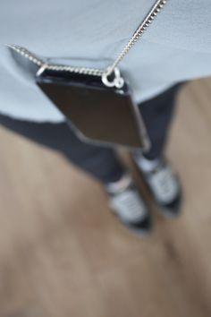DIY Handy Necklace | Eine Handykette einfach selber machen Chain, Silver, Phone, Jewelry, Inspiration, Manualidades, Home, Diy, Biblical Inspiration