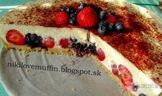 Nepečený javorový cheesecake s lesným ovocím
