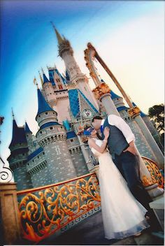 5 Great Places for a Destination Wedding: Walt Disney World hotels in Walt #Disney World: http://holipal.com/hotels/
