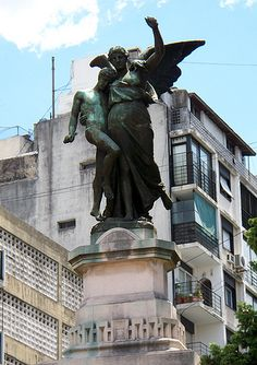 Recoleta 20 by comolanadamisma, via Flickr