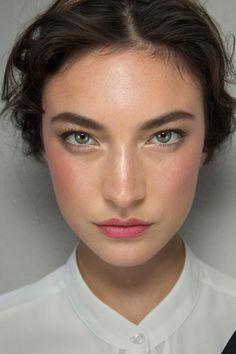 natural flushed makeup