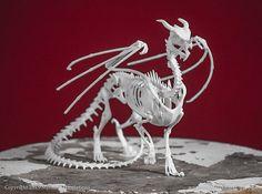 Hey, j'ai trouvé ce super article sur Etsy, chez https://www.etsy.com/fr/listing/228770645/dragon-squelette-taxidermie-impression