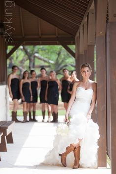 41 Vintage Wedding Day Outfit Ideas Using Country Boots - Wedding photos - Country Wedding Photos, Country Wedding Dresses, Wedding Images, Wedding Pictures, Country Wedding Groomsmen, Wedding Bridesmaids, Wedding Picture Poses, Wedding Photography Poses, Wedding Poses