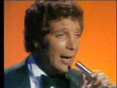▶ Tom Jones - I'll Never Fall In Love Again 1969 - YouTube