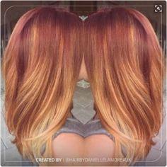 Il sunset blonde perde un po' la sua vivacità con la piega liscia. <span class='copyright'>Pinterest @Teala Anderson</span>