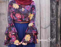 Street Hijab Fashion, Abaya Fashion, Muslim Fashion, Fashion Dresses, Women's Fashion, Modest Wear, Modest Outfits, Blue Outfits, Hijab Dress