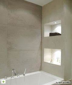 Interieur Recessed shelves with lighting right next to the bath tub The post Interieur appeared first on Badezimmer ideen. Bathroom Renos, Bathroom Interior, Bathroom Ideas, Bathroom Designs, Bathroom Niche, Bathroom Shelves, Master Bathroom, Shower Niche, Wall Shelves