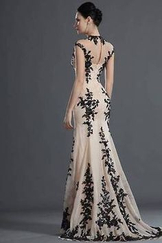 """Gorgeous Black Lace Mermaid Evening Gown *This dres is so gorgeous, I had to """"Pin"""" the look of the back of it as well. * eDressit 2012 New Gorgeous Black Lace Evening Dress– oh ma gah. Elegant Party Dresses, Lace Evening Dresses, Pretty Dresses, Evening Gowns, Prom Dresses, Formal Dresses, Dress Prom, Dress Wedding, Lace Dress"""