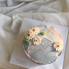 Sweet Cakes, Cute Cakes, Pretty Cakes, Beautiful Cakes, Amazing Cakes, Korean Cake, Desserts Sains, Cute Desserts, Cafe Food