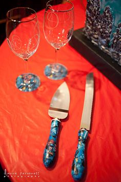 The cake set and toasting glasses were personalized with Batman comic book covers.