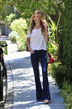Rosie-Huntington-Whiteley[DOT]com | Ultimate Rosie | Your Best Ultimate 24/7 Dose Dedicated to Rosie Huntington Whiteley