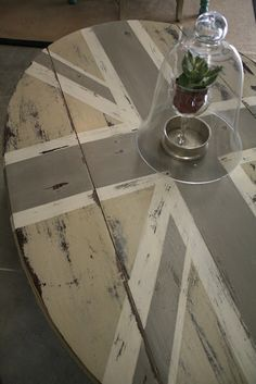 Union Jack Coffee Table:  Anni Sloan Country Gray, Old White, French Linen Chalk Paint