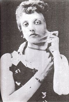 Elastic Skinned Lady 1889, Etta Lake could pull her skin out 6 inches from her facial cheek. Etta was with the King & Franklin Circus.