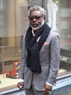 No words, just style! More Black Men, Grey Hair, Men Clothing, Grey Suits, Men Style, Men Fashion, Silver Foxes, Chunky Scarves, Stylish Men Natural Grey Hair on Distinguished Gentleman Mature stylish man wearing grey suit, pink handkerchief, woven dark blue scarf No words, just #Men Clothes| http://men-clothes-905.blogspot.com silver fox ?#Mens# #Style# #Men Fashion #Mens Fashion Man when I get old, I hope Im a old black man. Style!!!! Swag!! #MensFashion #Gentlemen #Luxury #Model…