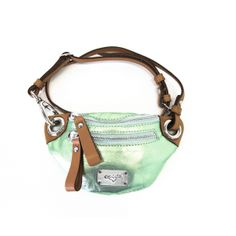 Small fanny pack metallic green leather EYE OF THE TIGER www.blackbeardbags.com/online-boutique Green Leather, Fanny Pack, Online Boutiques, Metallic, Packing, Collections, Eye, Bags, Hip Bag