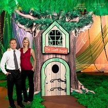 Our exclusive Neverland Tree Prop has the look of a story book tree house with a printed window, door and the wording The Lost Boys. This prop is cardboard. Peter Pan Halloween, Neverland Map, Lost Boys Peter Pan, Cardboard Tree, Book Tree, Family Halloween Costumes, Halloween 2017, Rose Trees, Floral Garland