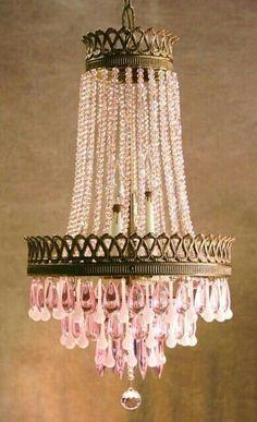 f44c65c4d019fca314aa24e297634bd8  shabby chic chandelier pink chandelier 10 Merveilleux Lustre à Pampilles Kjs7