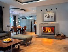 These cozy living room design with fireplaces can be the center stages. Here are some inspirations of cozy living room design with fireplaces. Old Fireplace, Living Room With Fireplace, Cozy Living Rooms, Fireplace Design, Fireplace Ideas, Classic Fireplace, Fireplace Pictures, Electric Fireplace, Home Staging