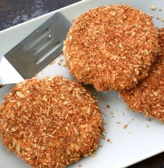 Olive oil, spices and no preservatives make our homemade chicken patties a healthy option for kids. - Everyday Dishes & DIY