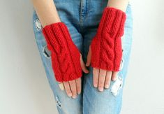 Hey, I found this really awesome Etsy listing at https://www.etsy.com/listing/253725407/fingerless-gloves-winter-accessories-red