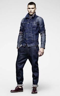 El denim para todo el año en función de las prendas con las que lo acompañes.  #moda #denim #jeans #vaqueros #hombre #invierno