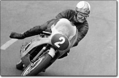 Mike Hailwood aka Mike The Bike. He could ride fast on any bike they gave him! Racing Motorcycles, Vintage Motorcycles, Motogp, Grand Prix, Honda Motorbikes, Motorcycle Style, Motorcycle Racers, Moto Guzzi, Vintage Racing