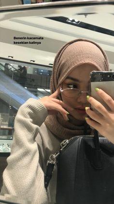 Modest Fashion Hijab, Modern Hijab Fashion, Casual Hijab Outfit, Hijab Fashion Inspiration, Muslim Fashion, Cute Muslim Couples, Muslim Girls, Hijabi Girl, Girl Hijab