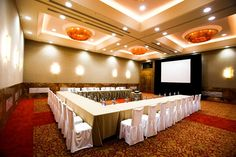 Convention Centre, Resorts, Shape, Room, Bedroom, Fit, Vacation Resorts, Rooms, Vacation Places
