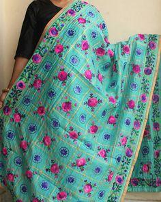 "Phulkari gota-Patti dupatta. Shop online at www.shilphaat.com (link in bio). Category ""art-form"" sub- category ""phulkari"" . #phulkari #phulkarishilphaat #fulkari #dupatta #gotapatti #handembroidery #embroidery #embroidereddupatta #punjabi #handcrafted #instalike #Shilphaat Phulkari Embroidery, Hand Embroidery, Salwar Kameez, Patiala, Phulkari Suit, Designer Punjabi Suits, Indian Fashion, Womens Fashion, Applique Dress"