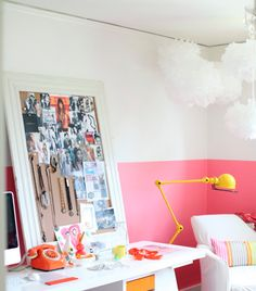 Two-Tone-Painted-Wall-Trend-2