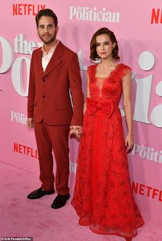 Red Carpet, Zoey Deutch, Formal Dresses, Outfits, Style, Fashion, Dresses For Formal, Swag, Moda