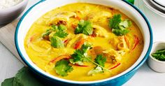 There's no wonder classic mango chicken curry is an Aussie family favourite.